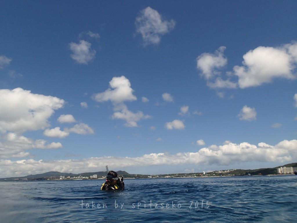 長女ちゃん、深い場所でも1人で泳げるようになりました