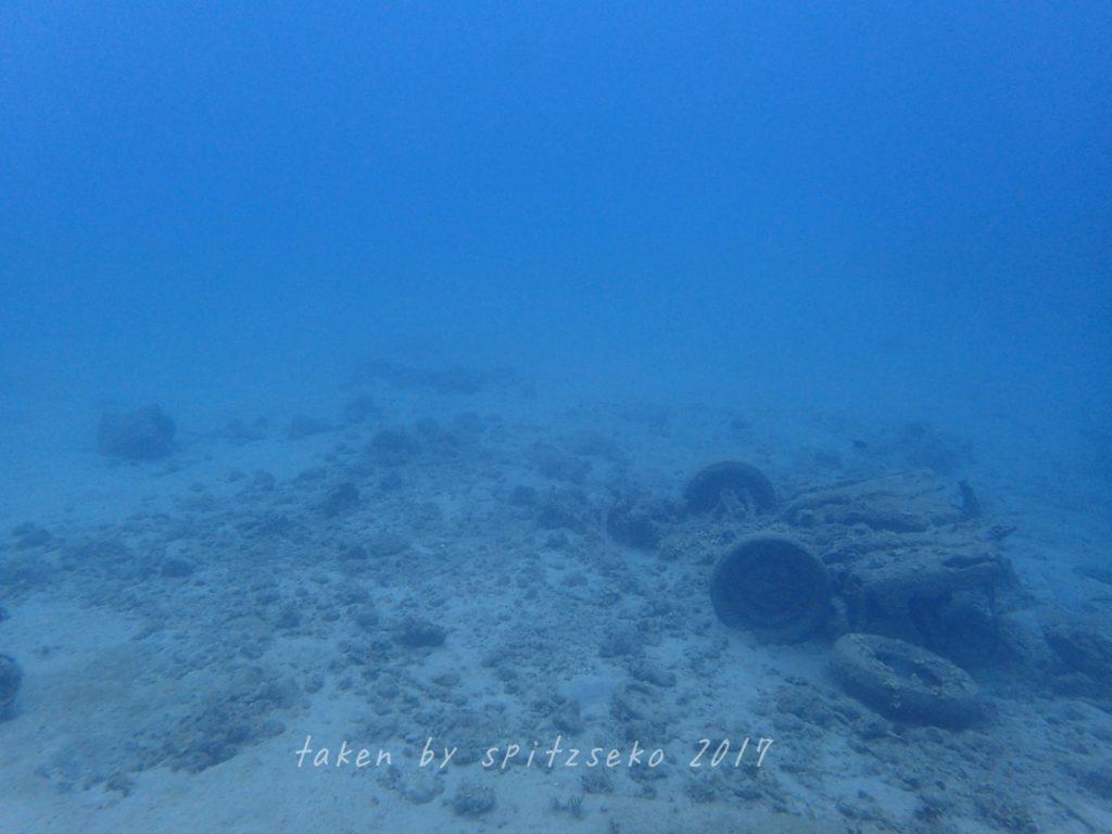 透明度抜群のレッドビーチ
